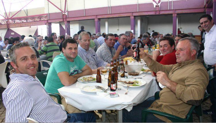Almoço anual junta caçadores, pescadores e amigos